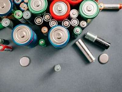 Sucatas de baterias
