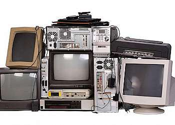 Coleta e transporte de resíduo eletrônico