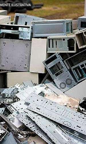 Descarte de lixo eletrônico