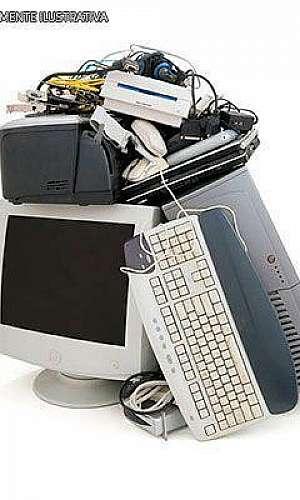 Descarte de sucata eletrônica