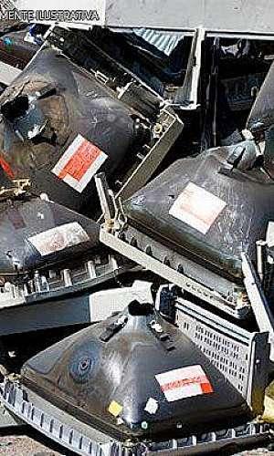 Empresas de descarte de lixo eletrônico