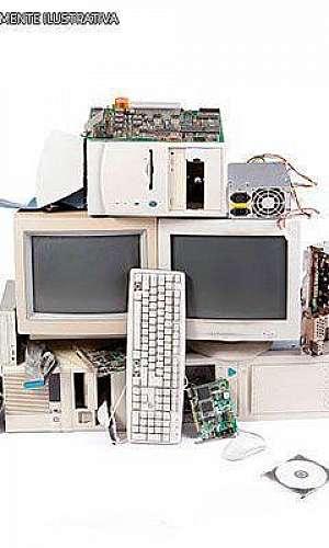 Empresas que trabalham com reciclagem de lixo eletrônico