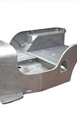 Estamparia de metais automotivos