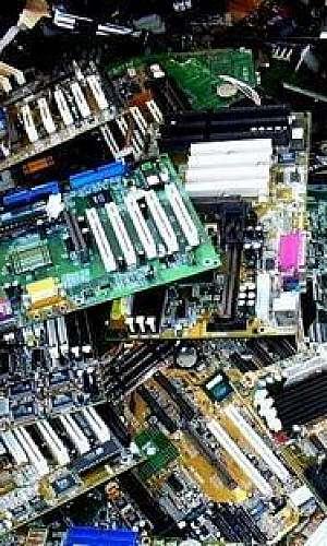 Lixo eletrônico coleta