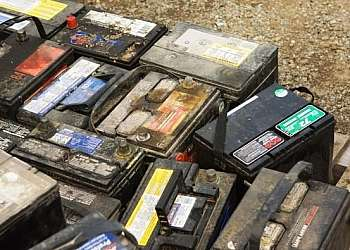 Reciclagem de bateria de no-break