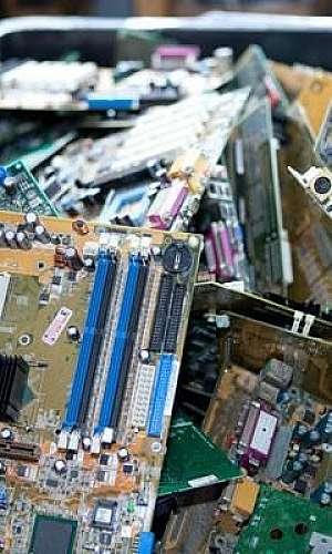 Reciclagem de eletrônicos no brasil