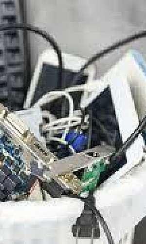 Sucata lixo eletrônico